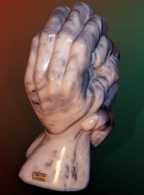 HandsofasculptorbyShimonDroryb021c.jpg